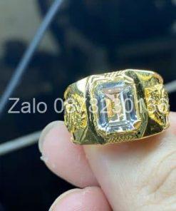 nhẫn vàng đá topaz trắng